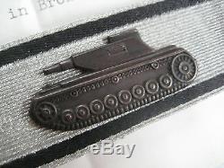 German WW II tank destroyer badge bronce original Wehrmacht magnetic + document