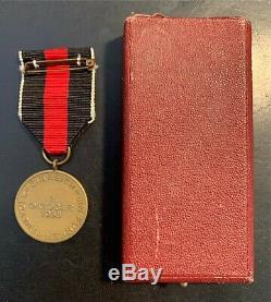 Original WW II German Commemorative Medal of 1 October 1938 withPrague Castle Bar