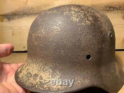 Original WW2 Camouflaged Barn Find M35 German Helmet Lots of paint