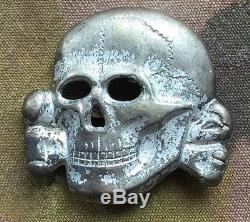 Original WW2 German WSS Totenkopf / Skull Cap Badge Insignia