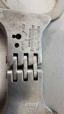 WW2 GERMAN GESTAPO HANDCUFF (100% original) Original Key