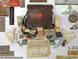 WWII ORIGINAL GERMAN MEDIC FIRST AID BAG withEQUIPMENT